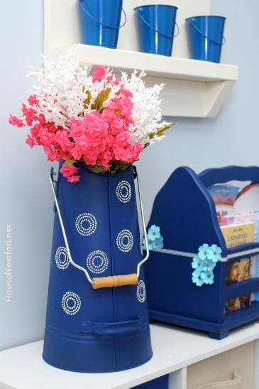 painted-tin-vase